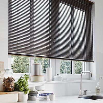 raamdecoratie op maat stel jouw raamdecoratie samen inhuis plaza. Black Bedroom Furniture Sets. Home Design Ideas