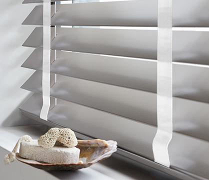 Houten jaloezieën 65mm | Stijlvolle raamdecoratie | INHUIS Plaza