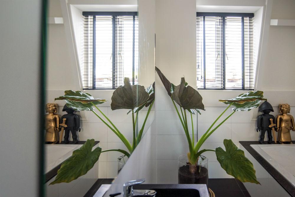 Badkamer Gezellig Maken : Inspiratie: houten jaloezieën in de badkamer inhuis plaza