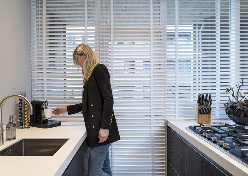 Inspiratie houten jaloezieën in de keuken inhuis plaza
