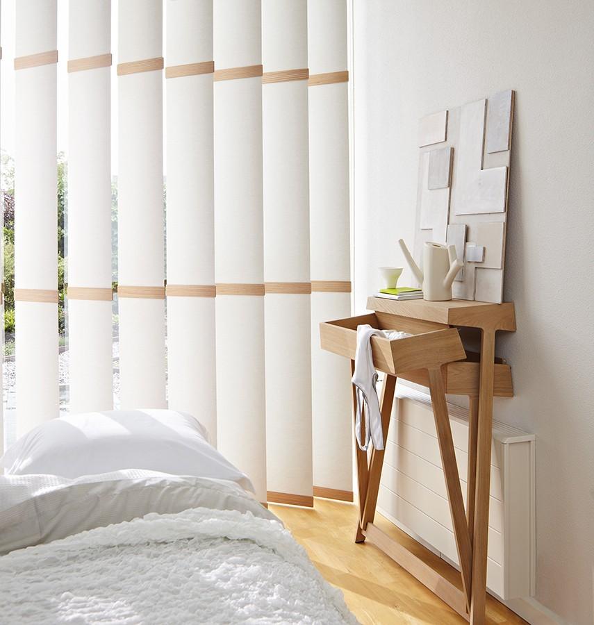 luxaflex paneelgordijnen inhuis plaza. Black Bedroom Furniture Sets. Home Design Ideas