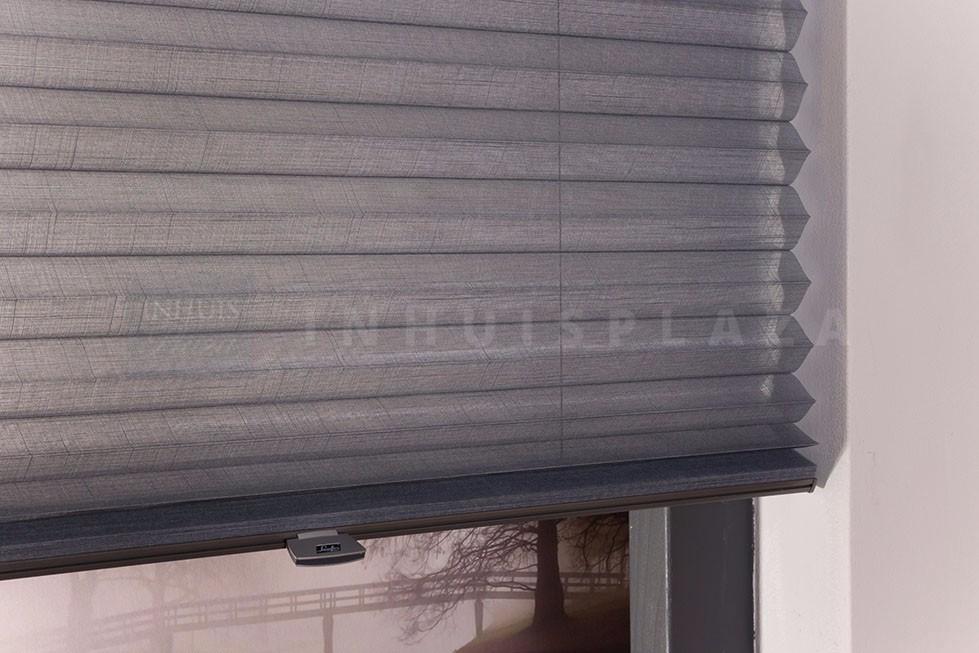Luxaflex® Plissé Shades op maat? InhuisPlaza.nl | INHUIS Plaza