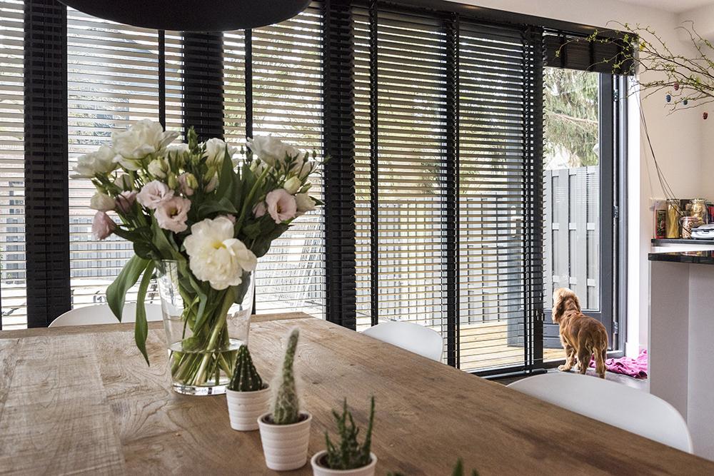 Inspiratie Gordijnen Woonkamer : Raamdecoratie voor de woonkamer wat kies jij inhuis plaza