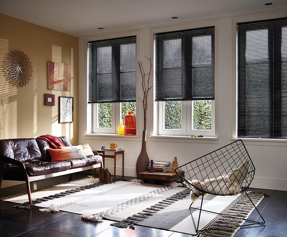 luxaflex aluminium jaloezie 16mm op maat bestellen. Black Bedroom Furniture Sets. Home Design Ideas