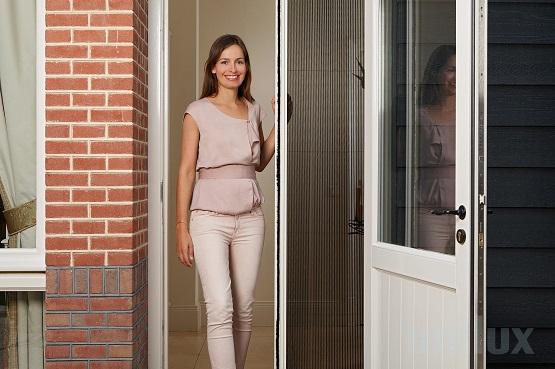 Hordeur Openslaande Deuren : Plissé hordeur handig voor brede deuren openslaande deuren en